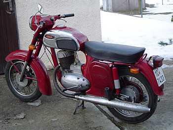 Jawa 250, typ 592